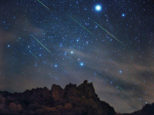آسمان، امشب میزبان بارش شهابی چنگیاست، دیدار تاچر و زمین در سال 2276