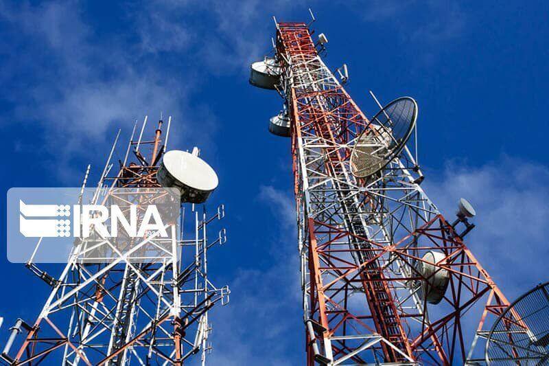 خبرنگاران فرماندار مهریز رفع مشکل آنتن دهی تلفن همراه در روستاها را خواستار شد