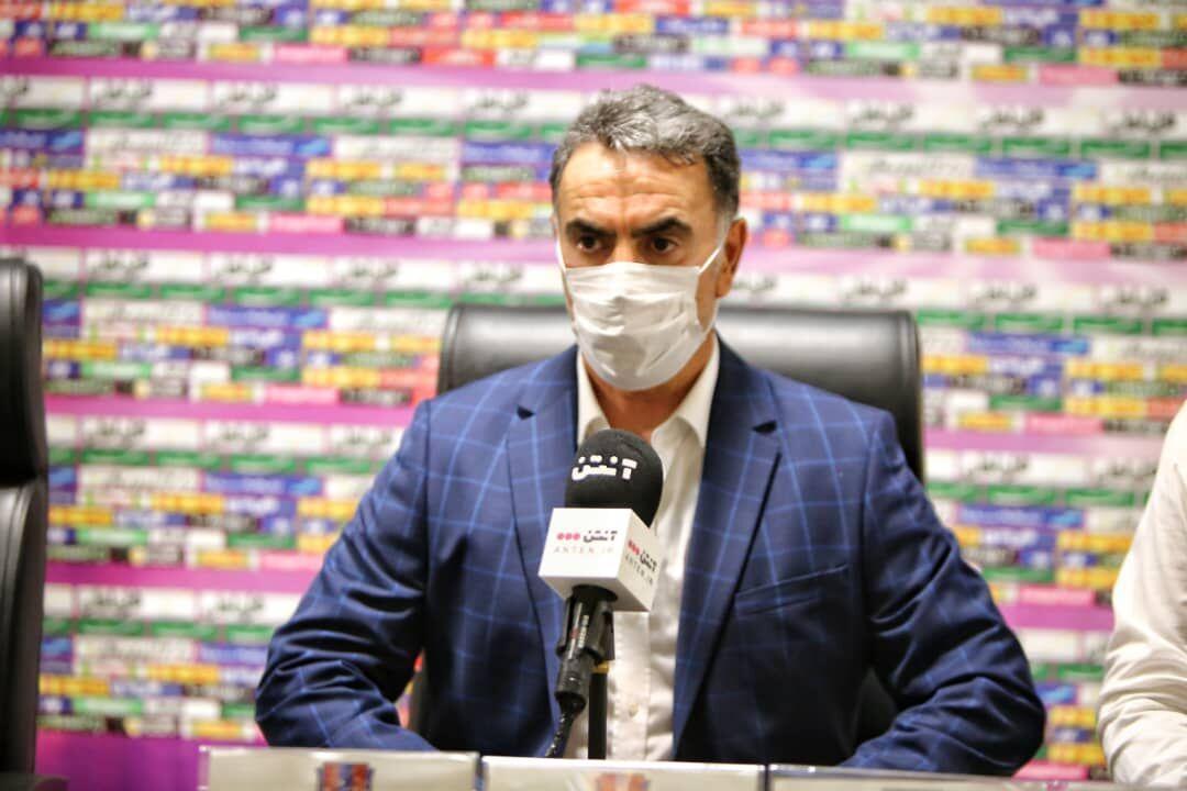 خبرنگاران استقبال باشگاه نساجی از تعویض چمن استادیوم وطنی قائمشهر