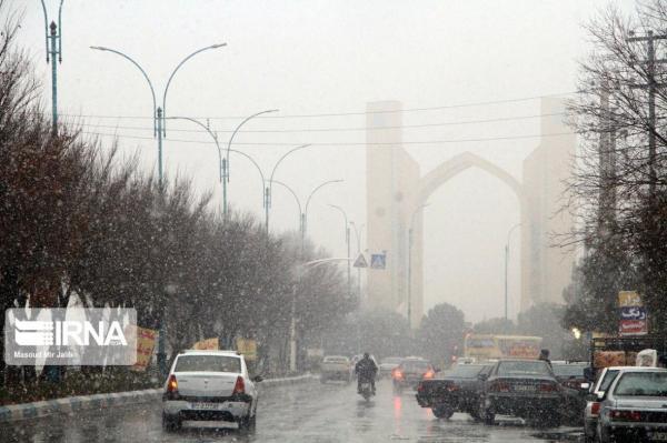 خبرنگاران پیشبینی بارش شدید باران و برف در 16 استان