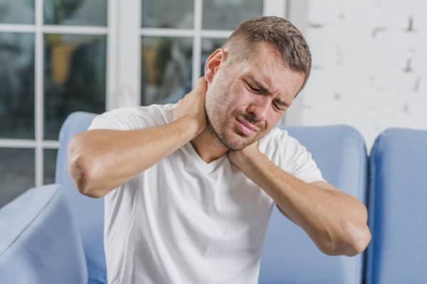 قولنج گردن وقتی صدای خطر میدهد