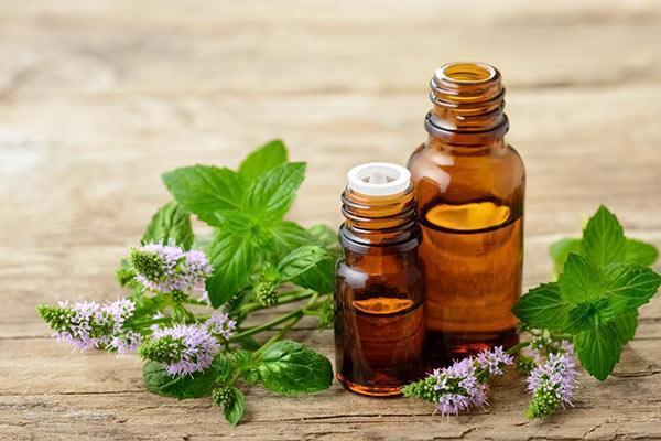 درمان گلو درد با کمک روغن های گیاهی