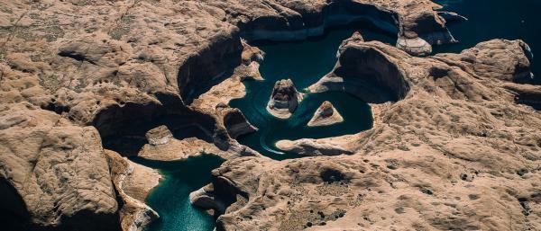 شگفت انگیزترین جاهای دنیا برای قایق سواری
