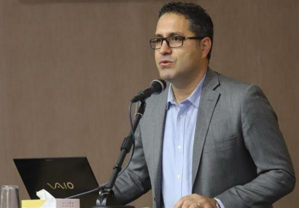 محمدی: داور با اشتباهش تمرکز بازیکنان ما را به هم زد، بازی با استقلال به ما در لیگ یاری می نماید